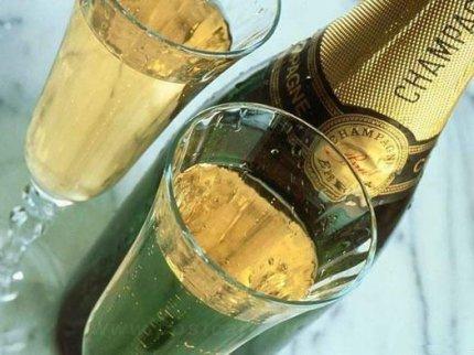 Статьи: Как правильно пить шампанское?